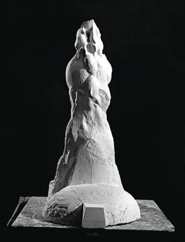 TRIBUNE   Plaster  83 x 40 x 64 cm  1977