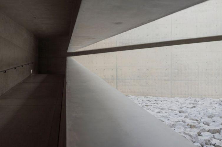 NAOSHIMA I  C-Type Matt Paper  40 x 60 cm  2015