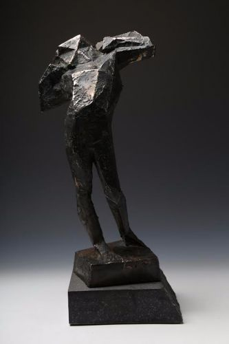 FUTURISTIC FORM  cast bronze, granite  40 x 20 cm  2016
